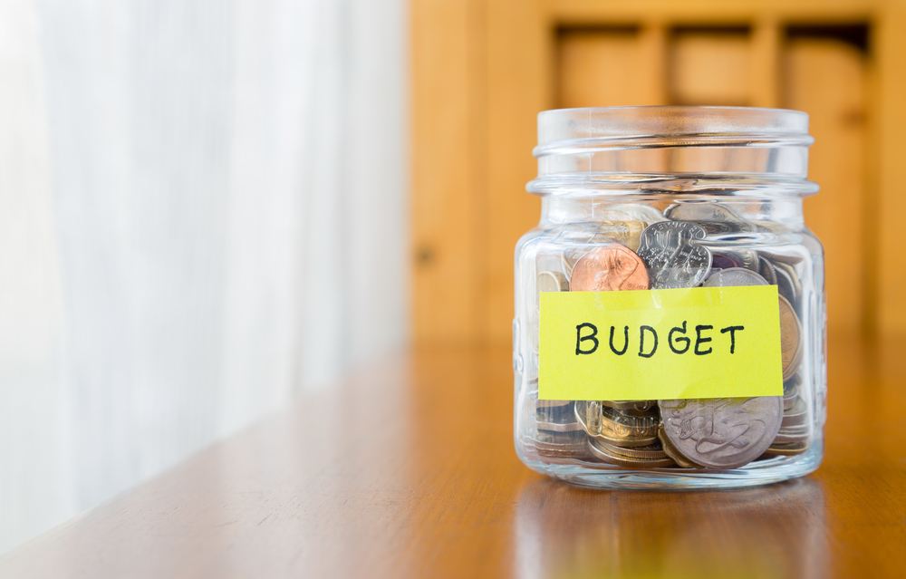 Returning to study? Here's how to balance your budget!