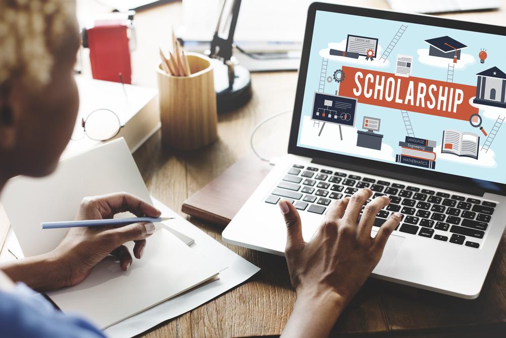 Uversity's Scholarships